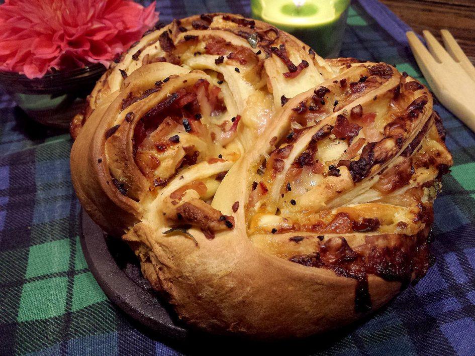 Kringle de beicon y queso