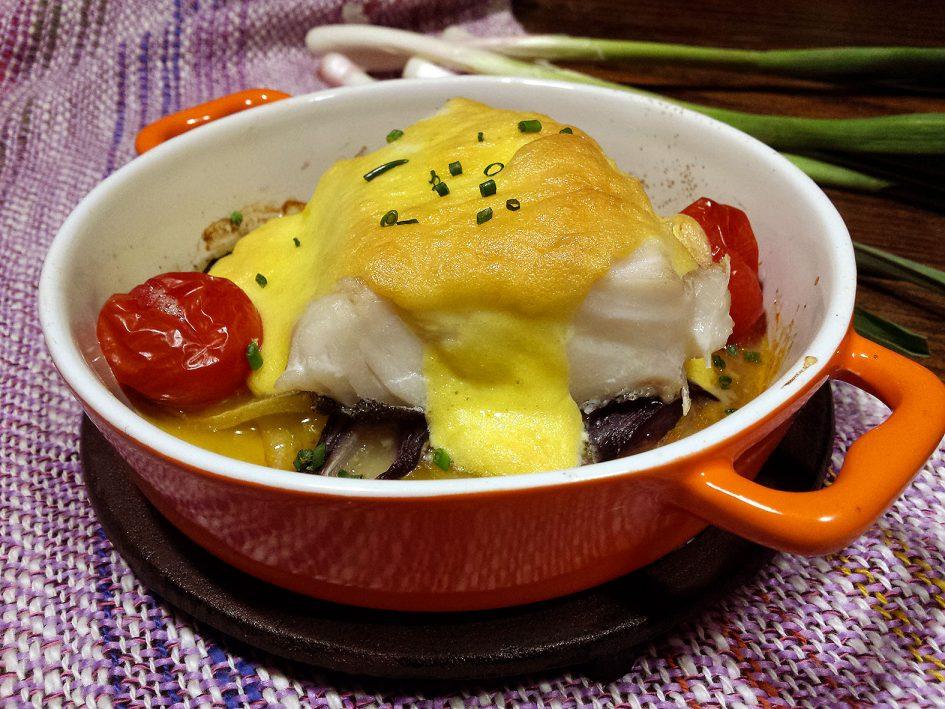 Bacallà fresc amb mussolina d'all